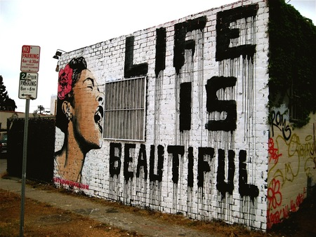 Great Graffiti Art – Life is Beautiful