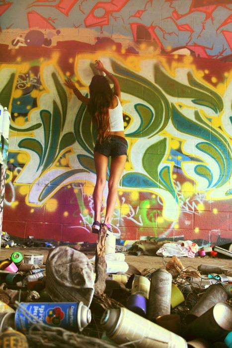 hot graffiti body art mr pilgrim street art online. Black Bedroom Furniture Sets. Home Design Ideas