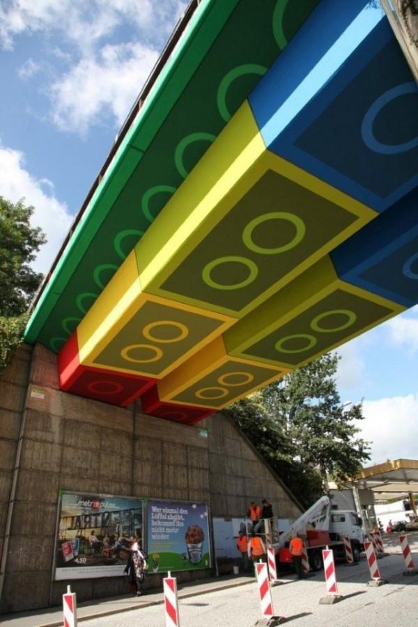 mr pilgrim, graffiti artists, urban art, cool street art, inventive urban art.