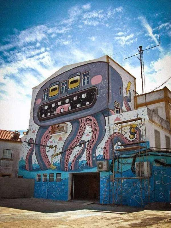 Awesome piece by Italian artist Mr Thoms | explore street art of the world
