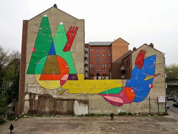 Charleroi, Belgium by Spanish artist Sixe Paredes | explore street art of the world