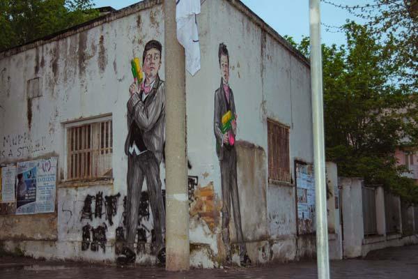Street art in Gaeta, Italy by Ernest Zacharevic | explore street art of the world