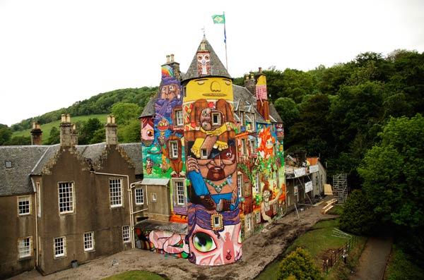 Os Gemeos Kelburn Castle (2007)