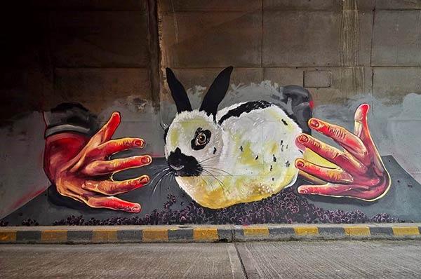 Street art in Colombia by Jorge Giraldo (Photo by Juan C Loaiza)