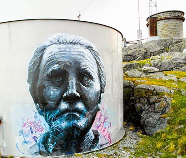 Amazing street art by Pichi & Avo