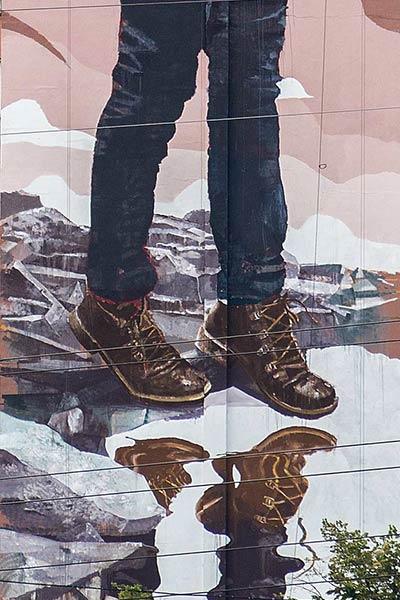 Fintan Magee in Kiev for Mural Social Club Festival/NGO Sky Art Foundation. (photo © Maksim Belousov)