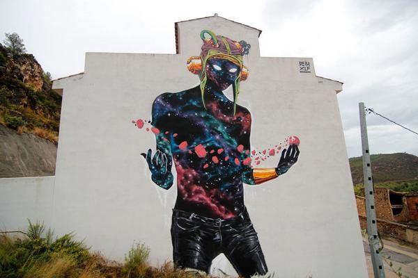 Spanish street artist Deih